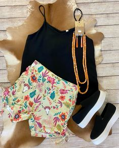 Floral cowskull shorts with side ruching. These have some stretch and they are extremely comfortable. Fashion Boutique, Texas, Shorts, Floral, Bags, Style, Handbags, Swag, Flowers