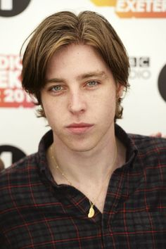 Image uploaded by valeria. Find images and videos about freckles, catfish and the bottlemen and van mccann on We Heart It - the app to get lost in what you love. Van Mccann Girlfriend, Indie Men, Ryan Evans, Catfish & The Bottlemen, Hate Men, Pretty Eyes, Music Love, My People, Beautiful Boys