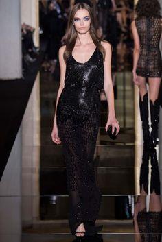 Atelier Versace 2015 İlkbahar Yaz Couture - Donatella Versace yönetimindeki Dünyaca ünlü Atelier Versace markasını zarif elbiseleri ve asimetrik siluetleri ile 2015 ilkbahar yaz koleksiyonu...