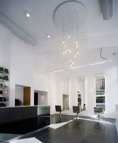 Rob Peetoom Hair + Make-up Utrecht Nail Salon Design, Salon Interior Design, Best Interior, Utrecht, Beauty Bar, Beauty Shop, Salon Lighting, Hair Salon Interior, Salon Software