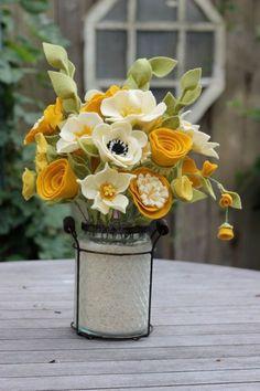 Items similar to Felt Foliage Spires (Bunch of Three) - Build Your Own Bouquet on Etsy Felt Diy, Handmade Felt, Handmade Flowers, Felt Crafts, Diy Crafts, Handmade Soaps, Handmade Silver, Felt Flowers, Diy Flowers