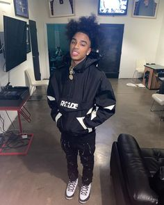 """""""𝗜𝘁'𝘀 𝗦𝗲𝗰𝘁𝗶𝗼𝗻 𝟴"""" on Instagram: """"Neva Did Her Wrong But That's How She Do a Nigga Still 💔🤥"""" Section 8, Swag Outfits Men, Beautiful Men Faces, Male Face, Drip Drip, Photo And Video, Jay, Instagram, Videos"""