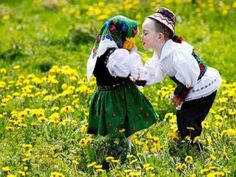 Dragobete's Day - Celebrating love in the Romanian style Folk Costume, Costumes, Romanian Girls, Visit Romania, City People, Folk Fashion, Hijab Fashion, People Around The World, Beautiful Babies