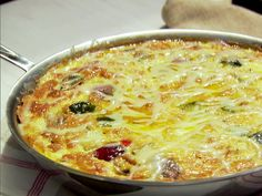 Roasted Vegetable Frittata recipe from Ina Garten via Food Network - Brunch Recipes - Vegetable Frittata, Asparagus Frittata, Vegetable Salad, Vegetarian Recipes, Cooking Recipes, Veggie Recipes, Giada Recipes, Veggie Dinners, Gourmet