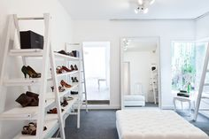 For Botti store renovation Suite Architects used the principles of upcycle.