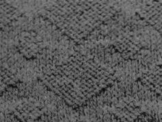 Below are basic knit stitches designed using only knit and purl techniques. Skill levels range from easy to intermediate. Knitting Paterns, Free Knitting, Knit Purl Stitches, How To Purl Knit, Stitch Design, Diamond Pattern, Yarn Crafts, Stitch Patterns, Knit Crochet