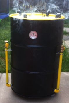 Hubby's ugly drum smoker Barrel Stove, Ugly Drum Smoker, Smoke Grill, Fire Pizza, Stove Oven, Bbq Ideas, Wood Fired Pizza, Smoker Recipes, Barbecues