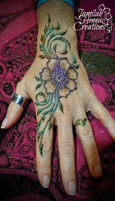 flowers and vines henna www.jamilahhennacreations.com