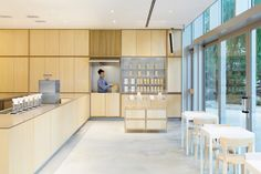 Blue Bottle Coffee Roppongi by Schemata Architects