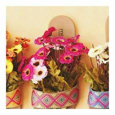 flores + rasteirinhas  eaicomprou.miarte.com.br  #Eaicomprou #Miarte #shoes
