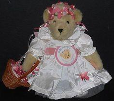 NEW-BELLES-ARE-RINGING-HEADING-TO-A-WEDDING-MUFFY-VANDERBEAR-FLOWER-GIRL-5666