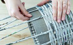 DIY Körbchen aus Zeitungspapier basteln | A PARTY Magazin Paper Crafts, Diy Crafts, Room Decor Bedroom, Basket Weaving, Projects To Try, Make It Yourself, Crafty, Art, Paper