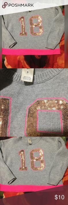 Girl sweater Oshkosh Cute ..light pilling on sleeves Osh Kosh Shirts & Tops Sweaters