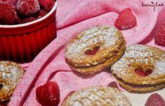 Vynikající lískooříškové sušenky Doughnut, Desserts, Recipes, Food, Tailgate Desserts, Deserts, Meals, Dessert, Eten