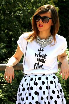 #statementnecklace #printedtee #tee #tshirt #dowhatyoulove #quotes #tshirt #fashionblogger