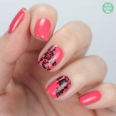 hawaii flower tropical stamping nailart – by frischlackiert