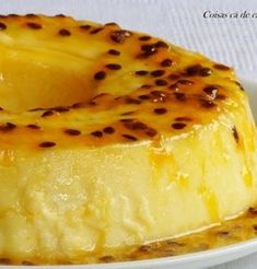 here house things: passion fruit pudding Köstliche Desserts, Delicious Desserts, Yummy Food, Portuguese Desserts, Portuguese Recipes, Sweet Recipes, Cake Recipes, Dessert Recipes, Salsa Dulce