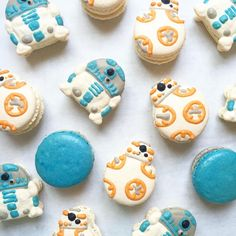 """3,194 Likes, 63 Comments - Little Mixer Sweets (@littlemixersweets) on Instagram: """"R2D2 and BB8 Macarons #r2d2 #bb8 #macarons #macaron #macaronstagram #macaronslady…"""""""