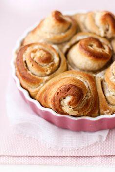 - VANIGLIA - storie di cucina: torta di rose alla Mela Rosa dei Monti Sibillini