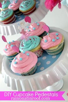 Need a cute, but affordable cupcake stand? Make your own! Both of these cost me under $5! DIY Cupcake Stands
