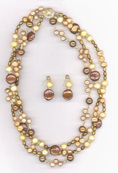 Pearl Necklace | Fashion Trends