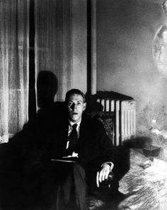 H.P. Lovecraft Photo Gallery: 1930 -- Lovecraft seated.