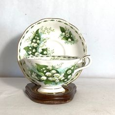 Royal Albert Flower of the Month MAY Lily of the Valley Bone China Cup & Saucer Royal Tea, Coffee Accessories, Cup Art, Tea Cakes, Antique China, Lily Of The Valley, Royal Albert, Vintage Glassware, Tea Cup Saucer