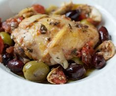 A hearty, paleo Greek chicken thigh recipe that will fill you up and makes great leftovers for the work week. Greek Chicken Thigh Recipe, Greek Chicken Recipes, Chicken Thigh Recipes, Greek Recipes, Whole Food Recipes, Cooking Recipes, Primal Recipes, Healthy Recipes, Paleo Ideas