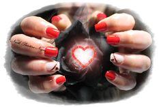 Unhas em gel cor vermelho com nail art feita á mão #foil#red#