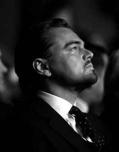 Leonardo Dicaprio.... S'il ne recrutait pas que chez Victoria's Secret, j'enverrai CV et lettre de motivation :-)