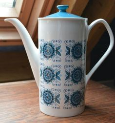 Vintage-Retro-Johnson-Bros-Coffee-Pot-Engadine-1960s