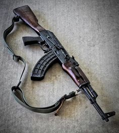 @uspalm ・・・ AKs, both modern and traditional, can all benefit from an AK Battle Grip and AK30 Series Magazine.