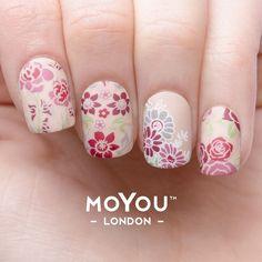 flower power nail art mani 1                                                                                                                                                                                 More
