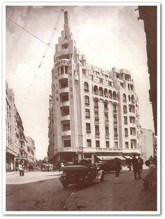 Bucuresti - Hotel Union - interbelica Hotel Union, Little Paris, Bucharest Romania, Communism, Old City, Photo Archive, Time Travel, Old Photos, Dan