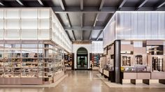 """Friend and company harnesses """"robotic craft"""" to build new shop for v&a museum V & A Museum, Museum Shop, Interior Design Companies, Home Interior Design, Visual Merchandising, Friends And Company, Uk Retail, Retail Stores, Southern House Plans"""