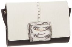 Furla Zizi S Pochette Con Tracolla Leather Clutch Furla, Designer Handbags On Sale, Cute Handbags, Beautiful Shoes, Leather Clutch, Purse Wallet, Jewelry Stores, Purses And Bags, Eye Candy