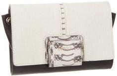 Furla Zizi S Pochette Con Tracolla Leather Clutch Furla, Designer Handbags On Sale, Beautiful Shoes, Leather Clutch, Purse Wallet, Purses And Bags, Eye Candy, Shoulder Bag, Shoe Bag
