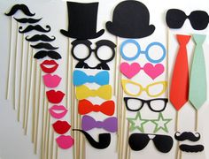 Photo Booth Props 31 Piece Ultimate Collection by PropsOnSticks Kids Photo Props, Diy Photo Booth, Photo Booths, Diy Fotokabine, Felt Crafts, Diy Crafts, Stick Photo, Silvester Party, Party Props