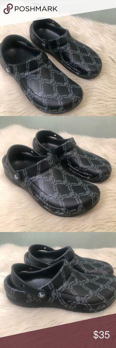 b6854263b341fc Crocs Bistro Clog Skull Graphic Bistro Clog Size 9 Men s Crocs Lock™  slip-resistant