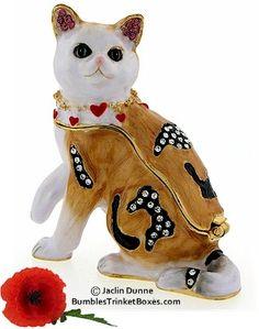 Trinket Box: Cat With Hearts