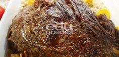 Cupim de panela: corte a peça de cupim ao meio e tempere com o sal grosso a gosto. Em uma panela de pressão, aqueça o azeite e doure a carne de todos os lados. Junte o caldo de carne, a cebola, o l…