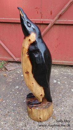 MayTree - Chainsaw carvings and sculpture Penguin