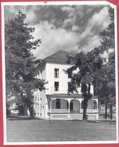 1965 Pioneer Hall, Alma College: Archival photographs.