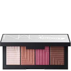 Compra NARS Cosmetics Limited Edition Narsissist Dual-Intensity Blush Palette Linhas de luxo para cabelos, rosto, maquilhagem e produtos de beleza com entrega gratis no Lookfantastic.com.