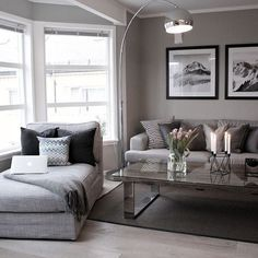 Love the Chaise. ( corner living room?) #LampWohnzimmer #TallLamp