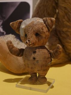Original Winnie the Pooh toys on display at the New York Public Library Beatrice Potter, New York Public Library, Wild West, Winnie The Pooh, Stuff To Do, Teddy Bear, Display, The Originals, Toys