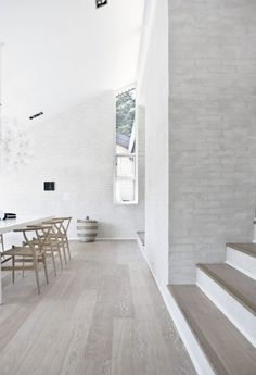 Grey floors and white brick walls. Design: Floors (Fredensborg House BY Norm Architects). White Brick Walls, White Oak Floors, White Bricks, White Wood, Grey Brick, Grey Floorboards, Light Grey Wood Floors, Grey Hardwood Floors, Modern Wood Floors