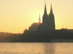 Köln erhält 440 Millionen Euro Zuweisungen aus dem Gemeindefinanzierungsgesetz - http://k.ht/2xW