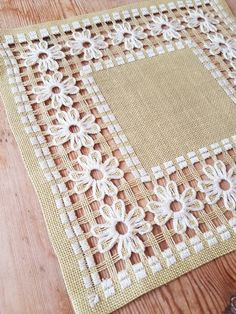 Cute lightgreen embroidered tablecloth/ dolly in linen from Sweden French Knot Embroidery, Embroidery Flowers Pattern, Hardanger Embroidery, Ribbon Embroidery, Embroidered Flowers, Embroidery Stitches, Cushion Embroidery, Embroidery Jewelry, Hand Embroidery Videos