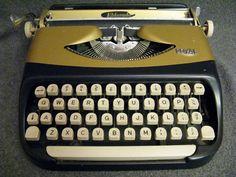 Rare Vintage Royal ELDORADO Typewriter